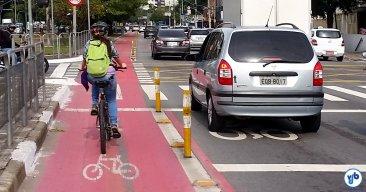 ciclista-mulher-ciclovia-vergueiro-fb-h-Foto-Willian-Cruz
